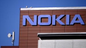 Nokia heuert Handy-Experten an