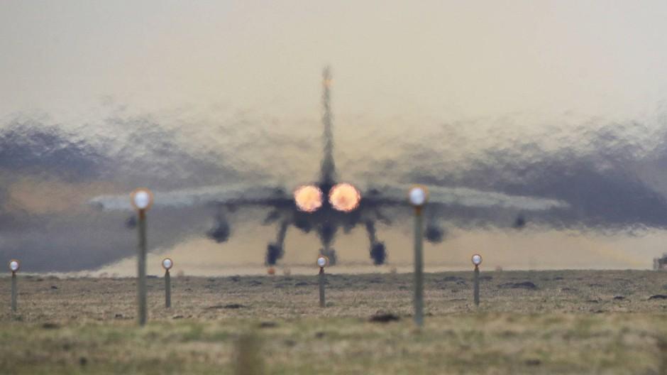 Auslaufmodell: Ein Tornado des Taktischen Luftwaffengeschwaders 51 in Schleswig-Holstein