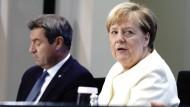 Markus Söder und Angela Merkel im vergangenen Herbst bei einer Pressekonferenz in Berlin.
