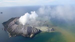 Vulkanausbruch überrascht Touristen in Neuseeland