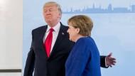 Handelskrieg vorerst abgewendet: Angela Merkel und Donald Trump bei ihrem Treffen am Rande des G-20-Gipfels vergangenen Sommer in Hamburg.