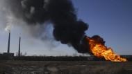Nach dem Beschuss einer Gaspipeline ist es nahe eines Kraftwerks bei Debatzewe zu einer Explosion gekommen.