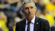 Kann nicht mehr, will nicht mehr: Svetislav Pesic ist nicht mehr Trainer der Bayern-Basketballer.