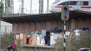 Polizei räumt Roma-Lager in Frankfurt