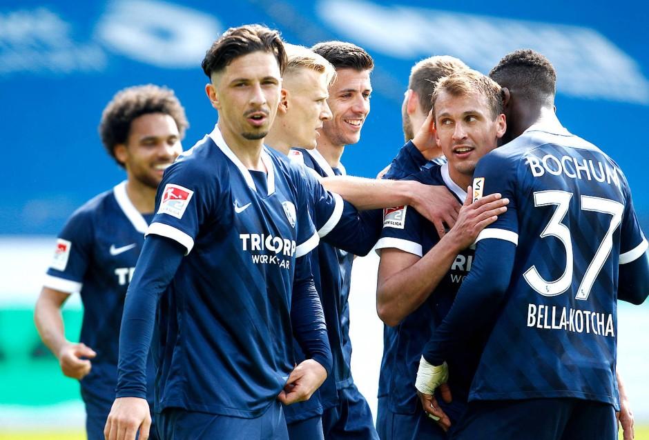 Bundesliga 1. Spieltag 2021/16