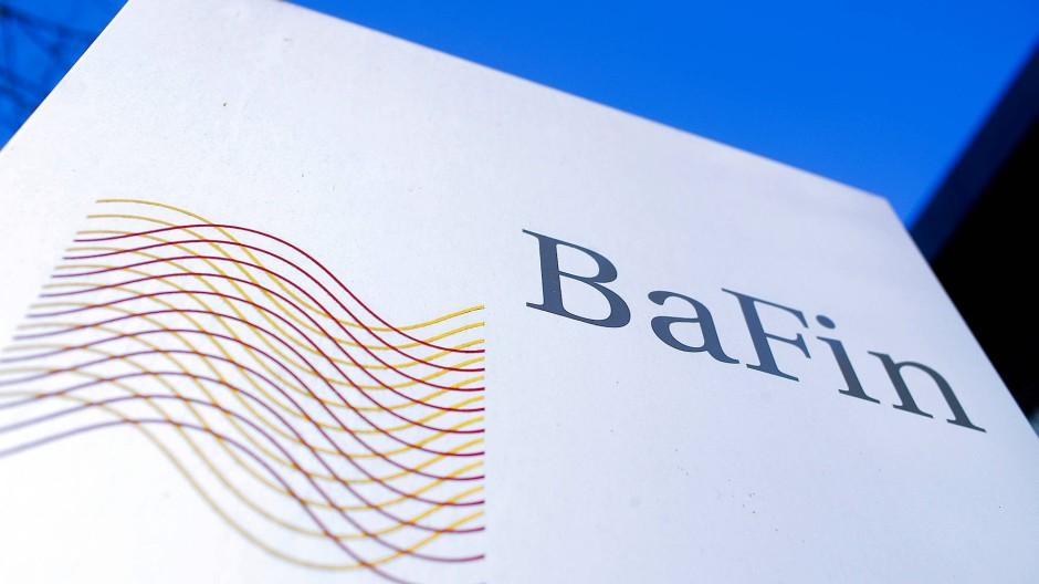 Das Logo der BaFin vor ihrem Bürogebäude in Bonn.