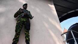 Polizei und Militär in vollem Einsatz