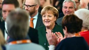 Merkel kämpft um die Basis