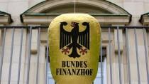 Eingang des Bundesfinanzhofs, der seinen Sitz in München hat.
