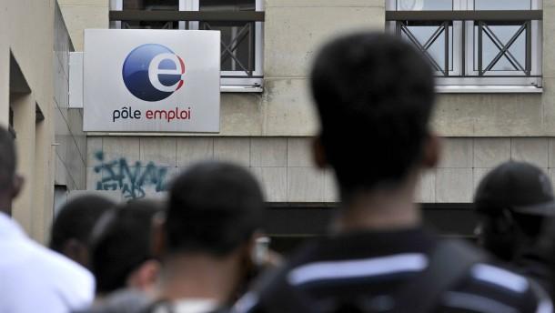 Frankreich begrenzt Arbeitslosengeld