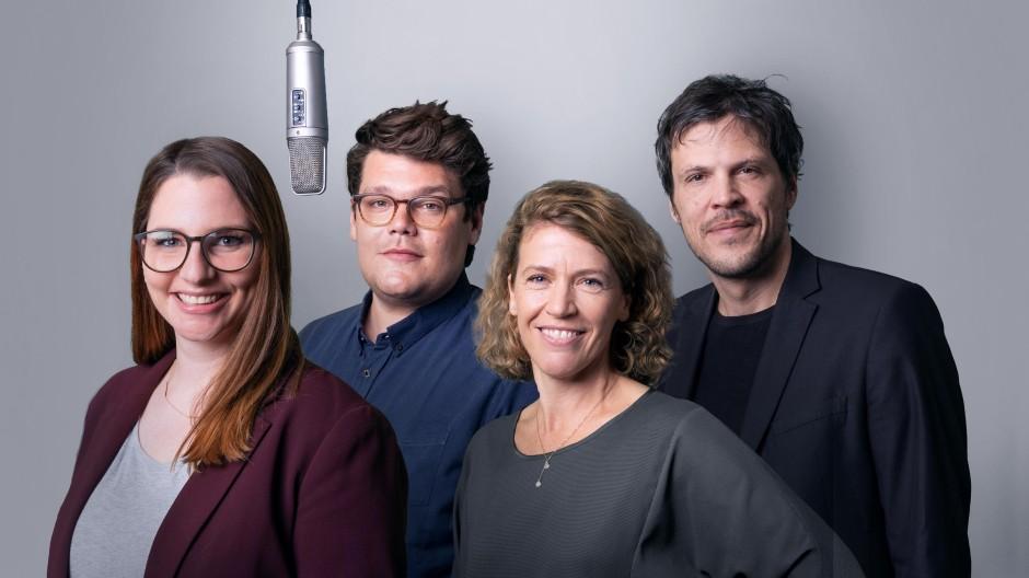 F.A.Z. Podcast für Deutschland / Quelle: Frank Röth / V.l.n.r. Sandra Klüber, Timo Steppat, Kathrin Jacob, Andreas Krobok