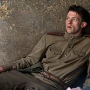 Schuldig macht er sich mehrfach, im Zweiten Weltkrieg und in der Zeit danach: Jannis Niewöhner spielt Walter Proska.