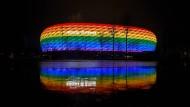 Darf so nicht beim EM-Spiel leuchten: Münchens Allianz-Arena im Januar 2021.
