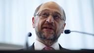 Schulz hofft auf Sieg der Labour Partei