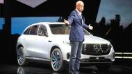 Fast immer nur in Jeans und Turnschuhen unterwegs: Daimler-Chef Dieter Zetsche