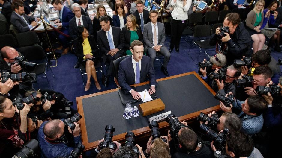 Im Kreuzverhör: Mark Zuckerberg, kurz vor seiner Anhörung vor dem amerikanischen Kongress.