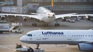 Lufthansa-Piloten drohen mit Streik über Ostern