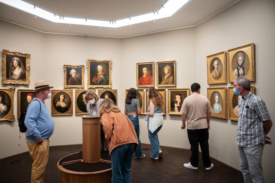 Da war der Mensch noch Herr im Haus: Galerie der Romantiker im neuen Museum.