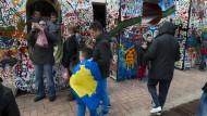 Gerüchte über Deutschland locken die Kosovaren