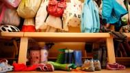 Vom 1. August 2013 an haben Eltern Anspruch auf einen Betreuungsplatz für Kinder ab dem ersten Lebensjahr. Bislang mangelt es jedoch an Personal