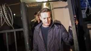Russischer Oppositionspolitiker Nawalny wieder freigelassen
