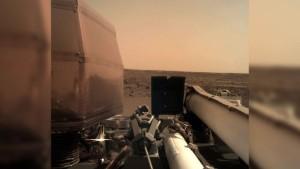 InSight sendet erste Fotos vom Mars
