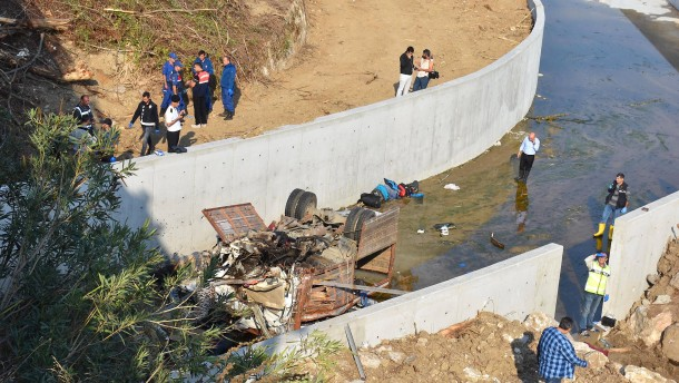 Mindestens 22 Tote bei LKW-Unfall in der Türkei