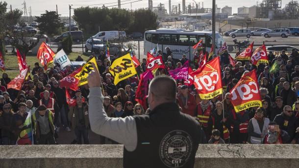 Gewerkschaften in Frankreich wollen auch über Weihnachten streiken