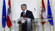 Österreichs Bundeskanzler Faymann tritt zurück