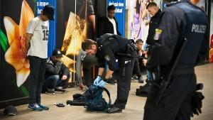Bahn will Polizeiwache in B-Ebene