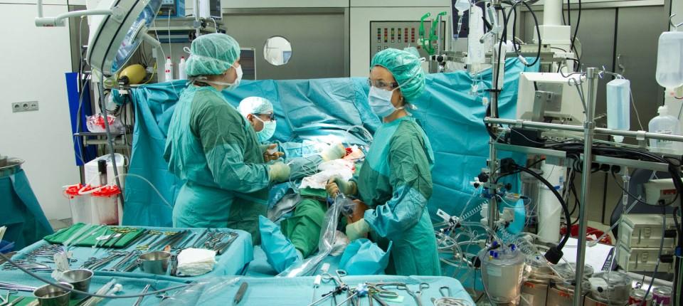 Patientensicherheit im OP: Täter, Tat und Tatort