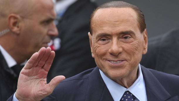 Populistische Übung für Berlusconi