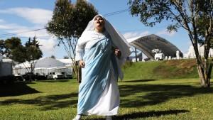 Eine Schwester rappt für Franziskus