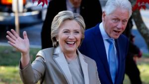 Hillary erkundigt sich immer nach den Kindern