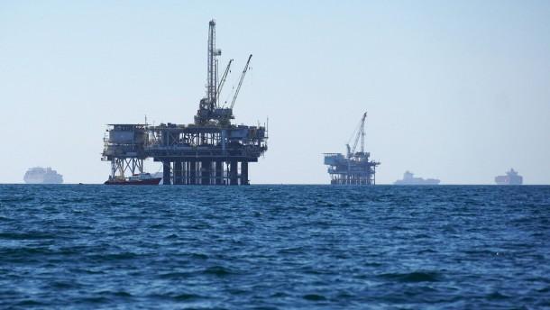 Kaliforniens Gouverneur für Ende von Offshore-Bohrungen