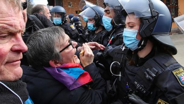 Polizei in heikler Lage
