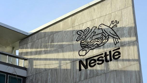 Nestlé wächst dank Babykost schneller – und tauscht wichtige Posten aus