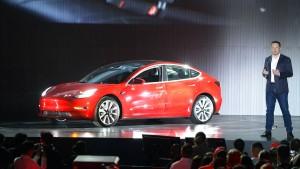 Elon Musk verspricht Gewinne im zweiten Halbjahr