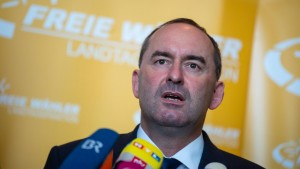 Aiwanger will Freie Wähler in Bundestag führen
