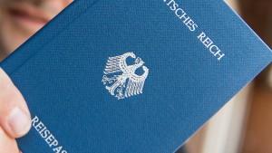 """Neue Verdachtsfälle auf """"Reichsbürger"""" im öffentlichen Dienst"""