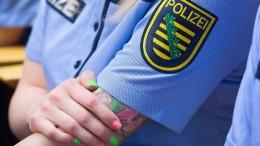Totenkopf-Tattoo ist für Polizeianwärter nicht generell tabu