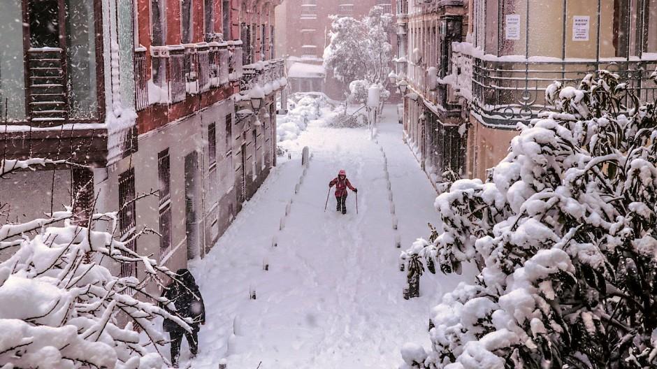 Sturm Filomena ist schuld: Madrid erlebt die schwersten Schneefälle seit Jahrzehnten.