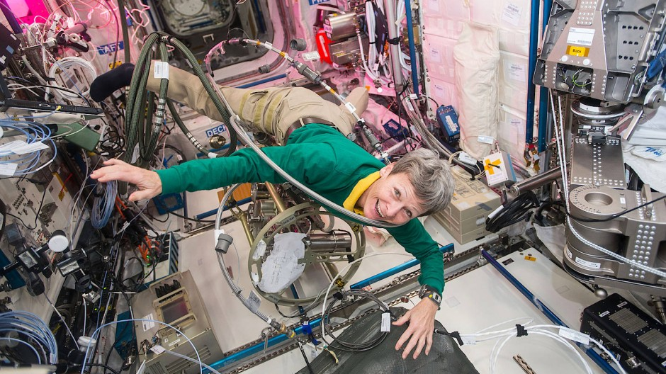 Peggy Whitson im Auftrag der amerikanischen Raumfahrtbehörde Nasa 665 Tage im All verbracht.