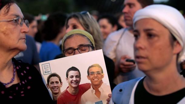 Leichen gefunden - Israel droht mit Vergeltung