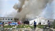 16 Verletzte bei Brand in Flüchtlingsunterkunft