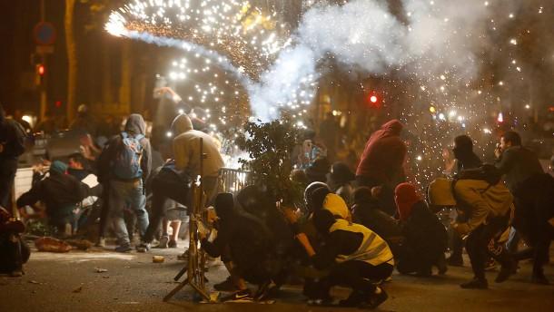 Barcelona erlebt vierte Krawallnacht