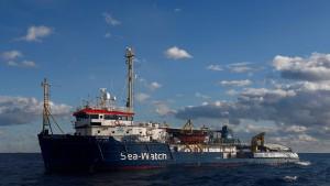 Italien will gerettete Mütter und Kinder von Schiffen aufnehmen