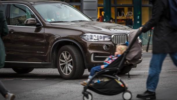 SUV-Fahrer zahlen künftig drauf
