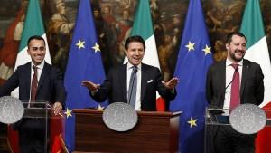 Italien triumphiert trotz negativen Rating-Ausblicks
