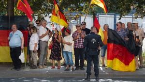 Pegida-naher LKA-Mitarbeiter verlässt sächsische Polizei